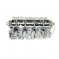 Cylinder head (equipped)